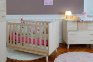 La chambre de bébé, belle et zen