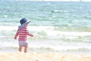 Illustration de l'article Protéger bébé de la chaleur et du soleil