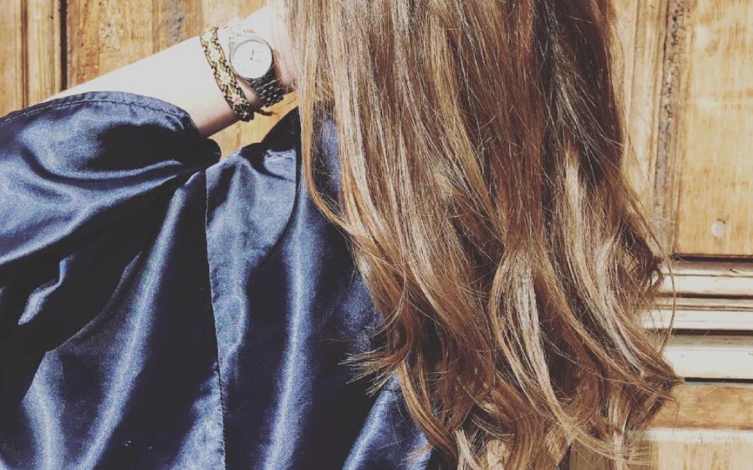 Un balayage naturel pour mes cheveux pendant ma grossesse