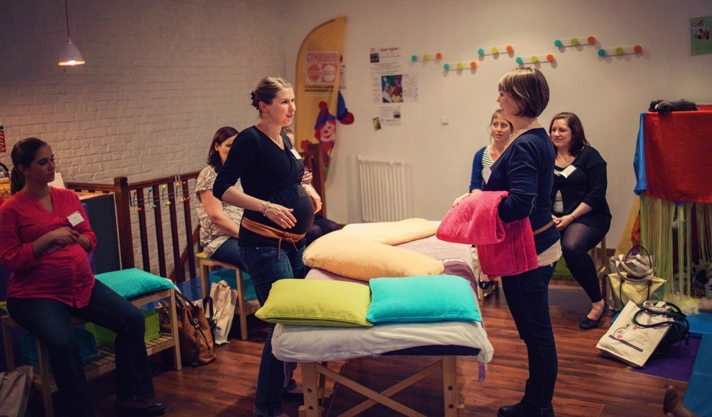 Atelier-massage-femme-enceinte-Mum-to-be-Party-Lille-1bis
