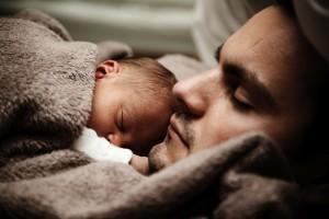 Illustration de l'article Quelle place pour le papa pendant l'allaitement ?