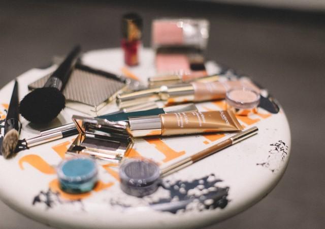 Maquillage aquatique avec Clarins et Bourjois