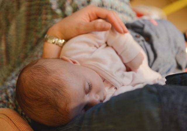 Les Maternity Nurses, les bonnes fées des nouveaux nés