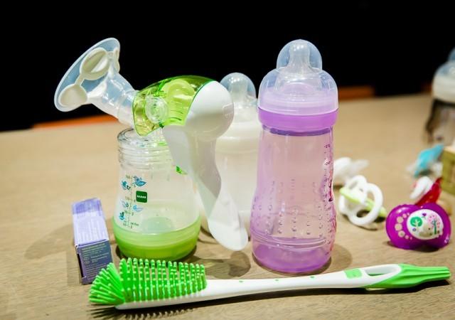 Le tire-lait manuel MAM testé par deux jeunes mamans