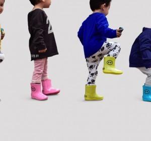 Un look de pluie ludique et design pour enfants