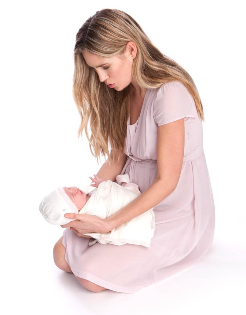 jodie_blush_baby_robe-seraphine-grossesse-allaitement