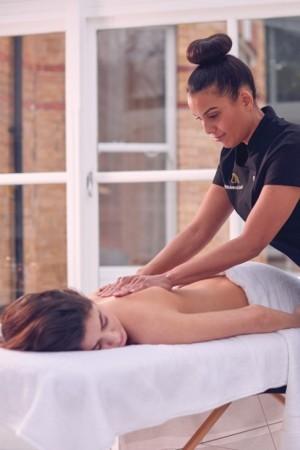 Remise de 20€ sur massage prénatal à domicile avec Urban Massage