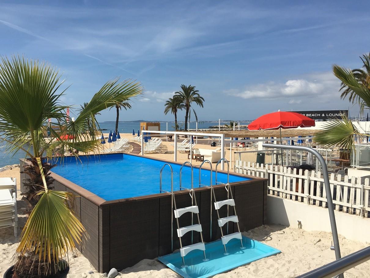Bay-Star-Beach-holiday-inn-st-laurent-du-var_piscine