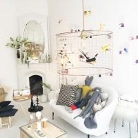 Le 18ème arrondissement regorge de belles adresses pour les familles, dont @lamanufactureparisienne qui propose plein d'objets design, tout près d'un coiffeur pour enfants rue marcadet. À découvrir vendredi prochain lors de votre venue à notre anniversaire