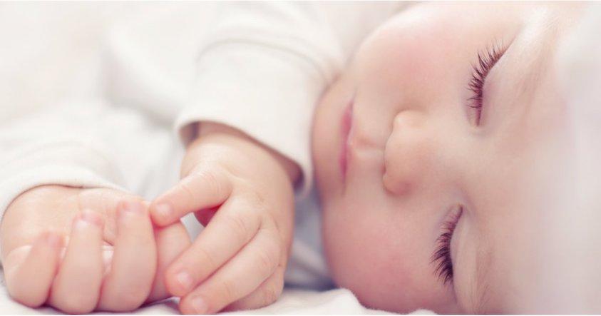 bebe-sommeil-chambre-optimal-nuit-reveil