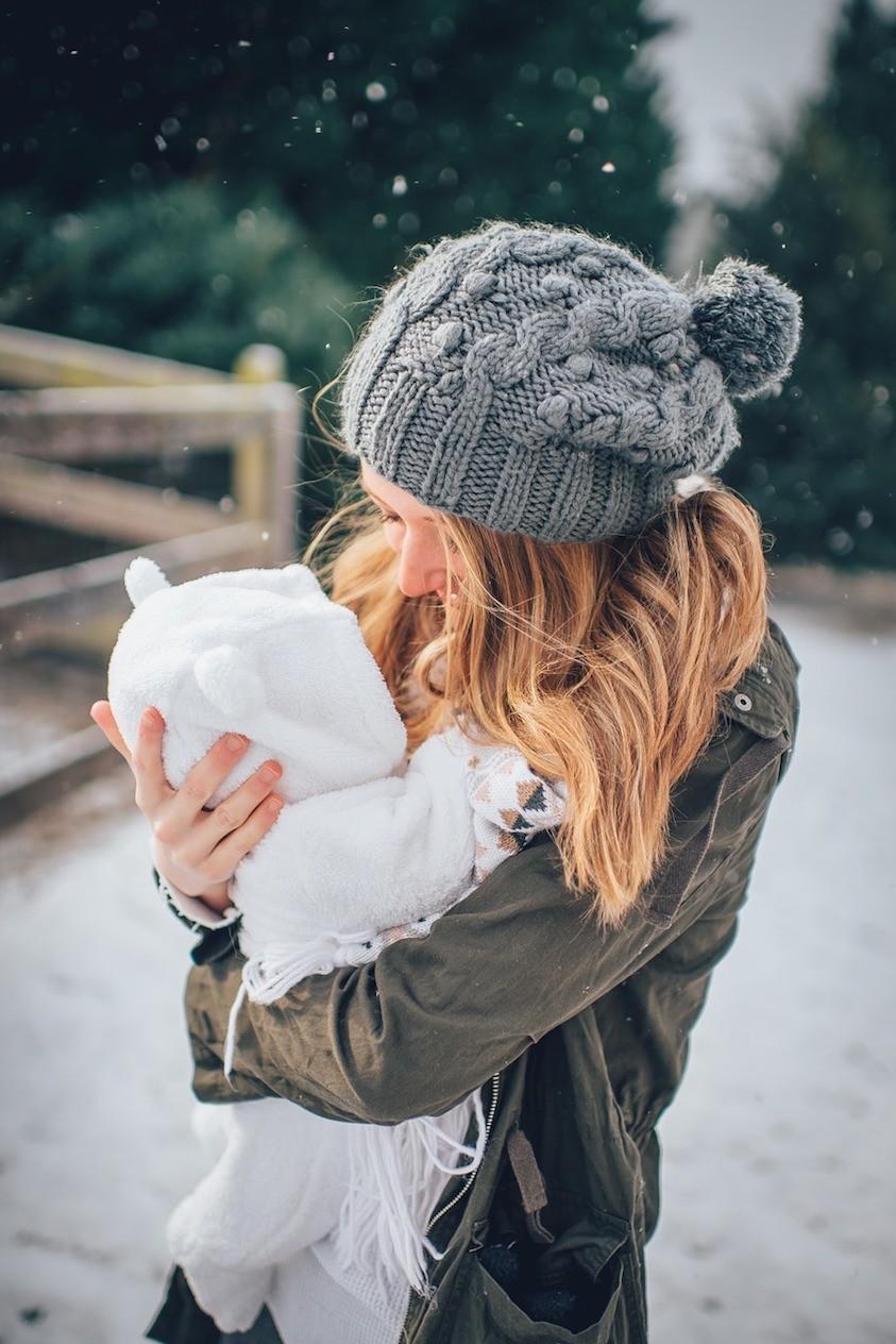 premiere-vacances-montagne-bébé-soins-conseils-astuces