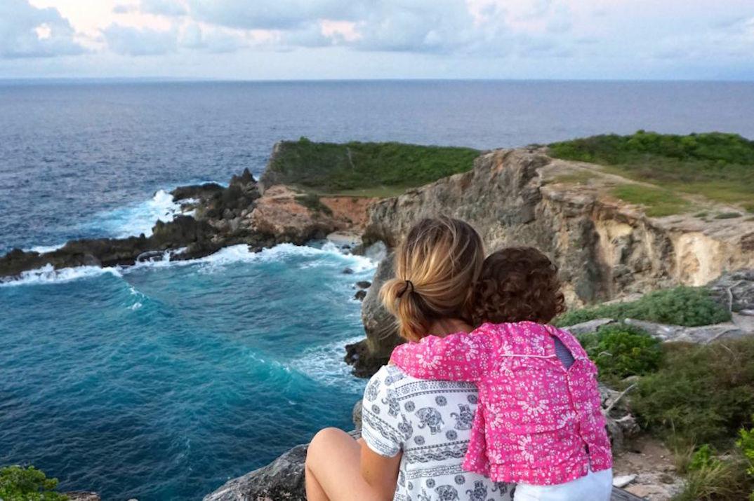 voyager-facilement-avec-un-bebe-les-astuces-des-influenceuses-chouetteworld1