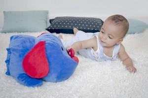 Eveillons leurs talents : quels jeux pour encourager l'autonomie de bébé ?