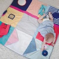 [CONCOURS] C'est LE jouet par excellence qui amuse bébé et développe ses sens, de sa naissance à sa première année ! Rien que sur ce tapis d'éveil multi-sensoriel, best of de la gamme Sensibul de @oxybuleveiletjeux , 15 activités sont proposées ! Aurore, petite testeuse en herbe, s'en est donnée à coeur joie de l'explorer. .  Vous souhaitez le faire découvrir à votre bébé ? RDV sur notre site pour gagner un des 5 tapis en jeu (lien direct en bio) . credit photo @alafileindienne_photo  #eveillonsleurstalents #oxybulxmumtobeparty #oxybul #oxybuleveiletjeux #mumtobeparty #eveil #eveiletjeux #eveildessens #eveilbebe #eveilsensoriel #eveillersessens #tapiseveiloxybul #tapisdeveil #sensibul #developpementdessens #jouetsensoriel #jeuconcours #bonplan #concours #jeunaissance #creationoxybul #oxybulcreator #jouetsenfants #sensibul #jouets #jeunaissance #developpementvisuel