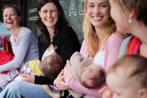 Aux Petits Soins, l'événement 100% dédié à l'allaitement mardi 16 octobre