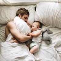[PAPA & ALLAITEMENT] Les pères, les grands oubliés de l'allaitement ? . Qui de mieux que VOS hommes pour nous donner leur avis sur la question, n'est-ce pas ? Ca tombe bien, ils ont été nombreux à envoyer en MP leurs témoignages. A découvrir dans notre nouvel article sur mumtobeparty.com, rubrique Conseils et Tests . Photo @pinterest  #allaitement #papa #roledupere #placedupere #breastfeeding #quote #dadwithbaby #papaallaitement #avisallaitement #jeuneparent #jeunepapa #jeunemaman  #papallaitant #breastfeedingdad #ideesrecues