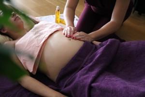 Le massage à domicile Lunaissance testé par une future maman