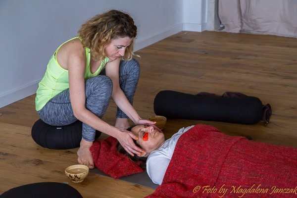 selfcare-retreat-for-women-massage