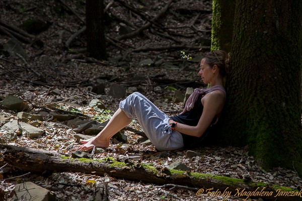 selfcare-retreat-for-women-meditation-nature