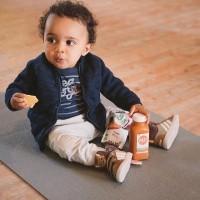 [BE CURIOUS] Après de nombreux échanges sur la nutrition de la future et jeune maman, place désormais à l'alimentation de bébé et des enfants lors de nos prochaines Rencontres. Un sujet qui nous passionne, un sujet qui nous amènera à discuter plus globalement de l'éveil de l'enfant au goût et au monde qui l'entoure ! . Nous réunirons esprits et palais curieux, enfants comme parents, aux côtés d'une marque bio, qui nous a déjà accompagné sur nos événements Fit Mum* ou encore nos sacs découverte. . RDV jeudi pour connaître la ville et la thématique abordée pour cette rencontre @goodgout !  #mangerbio #bebe #cestbondegrandir #bio #alimentationbebe #babyfood #organicbabyfood #diversificationalimentaire #4mois #firstmeal #repasbebe #eveilaugout #instababy #goodgoutxmumtobeparty credit photo @candiceheninparis Fit Mum *avec @justine_trucsdenana