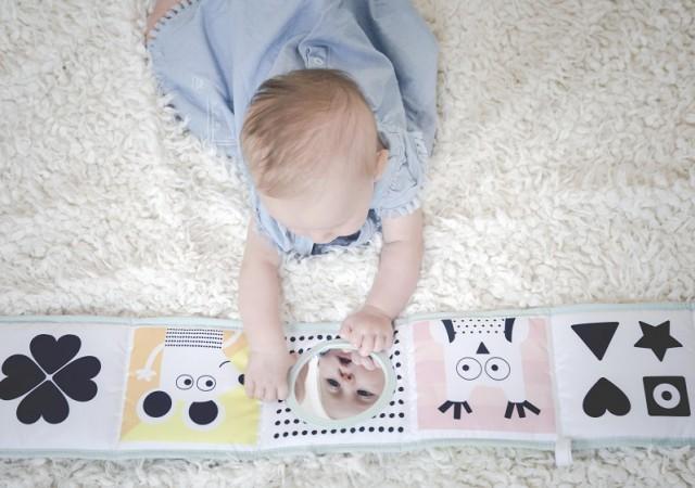 Eveillons leurs talents : quel jeu pour développer les sens de bébé ?