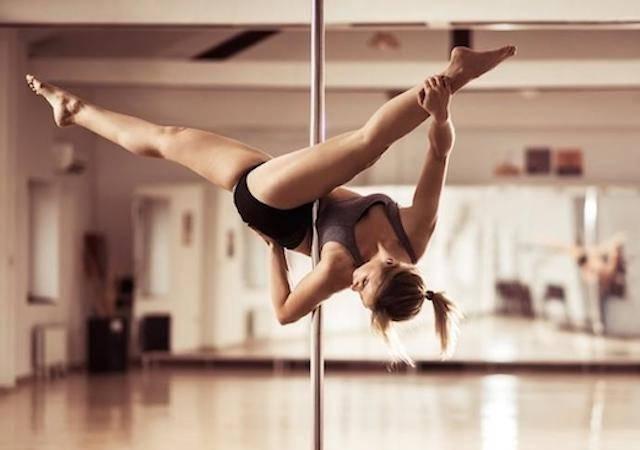 Elles sont devenues accro au pole dance : le récit de trois instamums