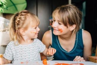 Recruter une baby-sitter sans se prendre la tête
