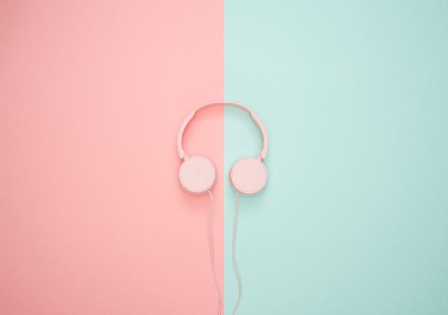 Les 7 « mum » podcasts à écouter !